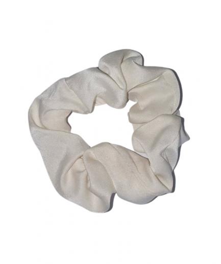 Natural Hysteria – Silk Scrunchie fehér hajgumi természetes selyemből